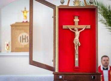 Peregrynacja Krzyża Wielkopiątkowego Świętego Jana Pawła II, Sakrament Bierzmowania, Apel Jasnogórski [ZDJĘCIA]