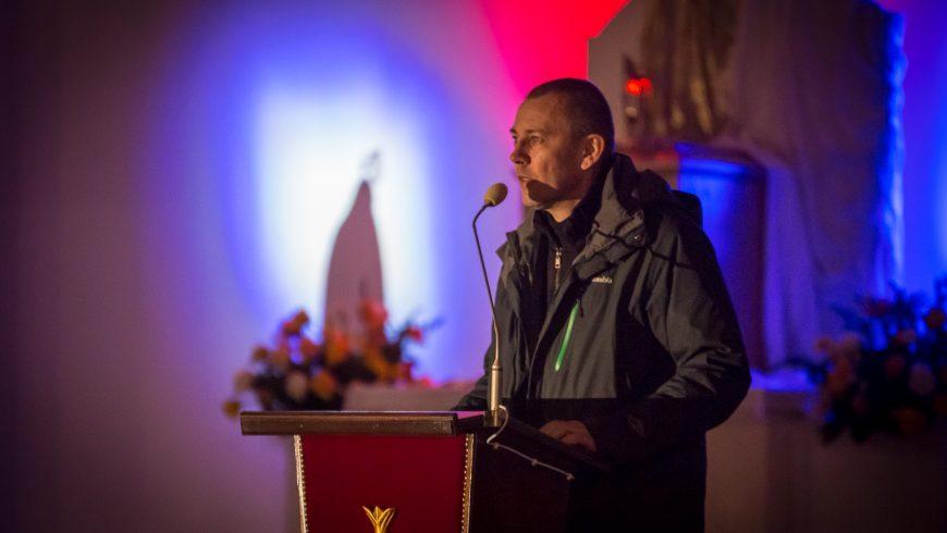 """Lech Dokowicz w Zamościu – poruszające świadectwo i konferencja """"Zagrożenia duchowe we współczesnym świecie"""""""